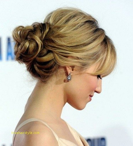elegant simple wedding hairstyle for medium length hair