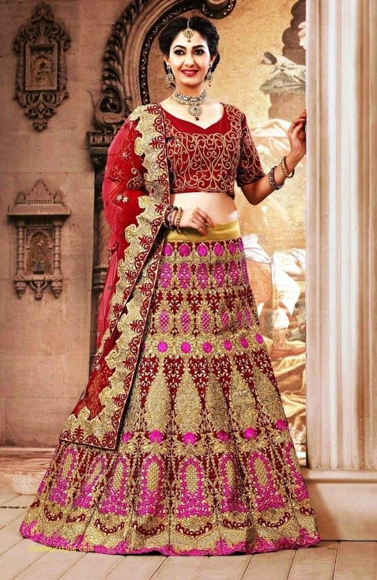 lovely hairstyles for lehenga 1
