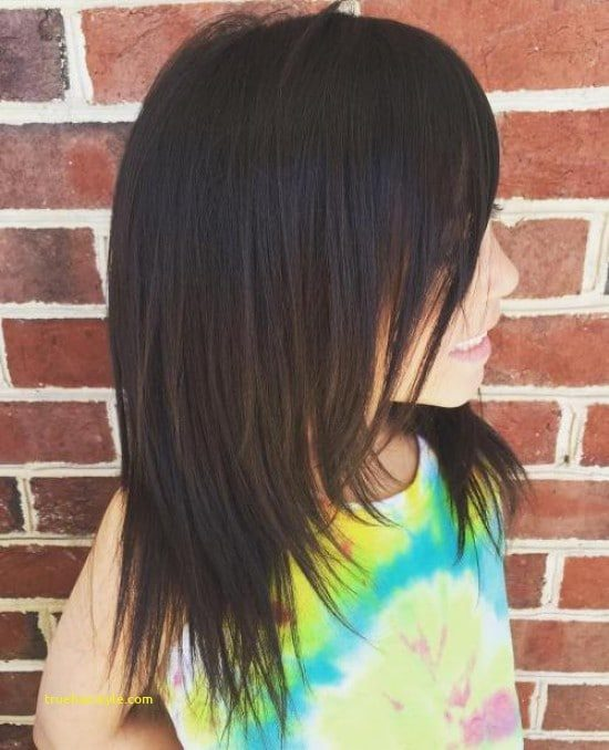 lovely elegant medium haircut for girls of all time