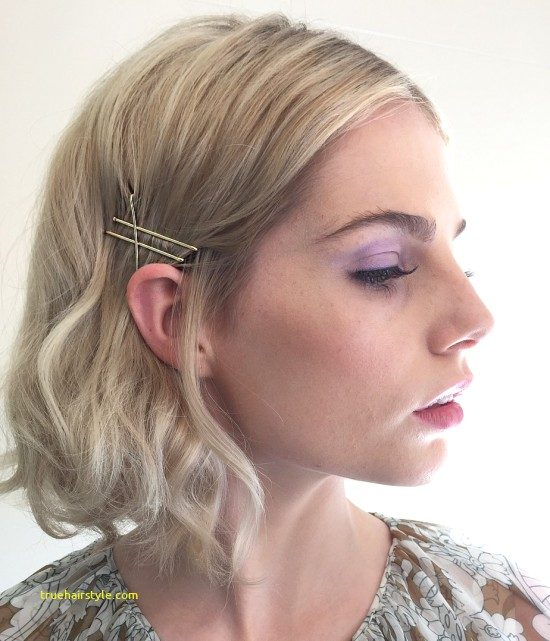 lovely bobby pin hairstyle of all time