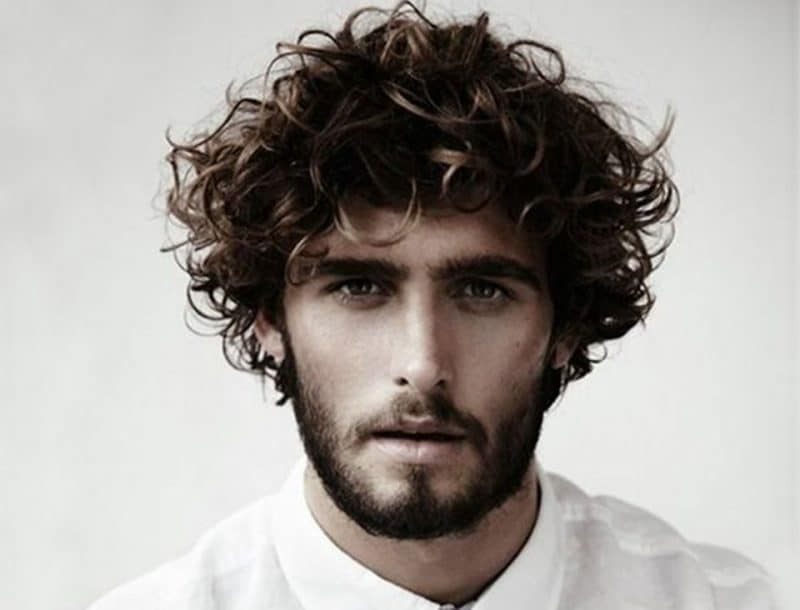 Best Hairstyle for Wavy Hair Male